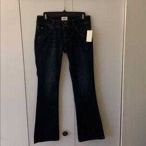 Woman's Hudson Petite Signature Jeans Size 27